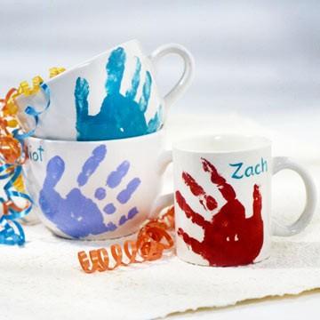 Handprint-Mug-+-more-fun-Mothers-Day-gift-ideas