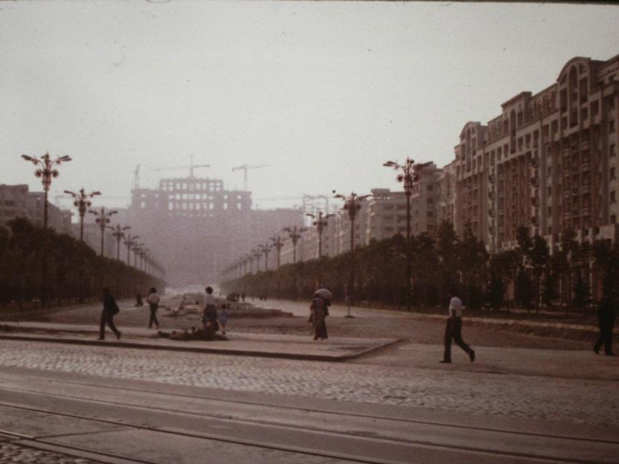 Palace of the Parliament (Romania) under construction, 1986.jpg