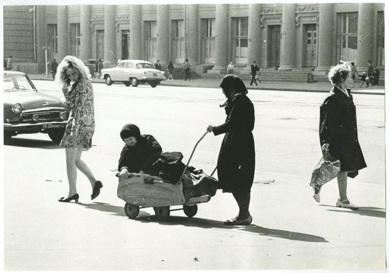 468457 _В детском лице_Краснопрудная ул., 1971, Рубашкин.jpg