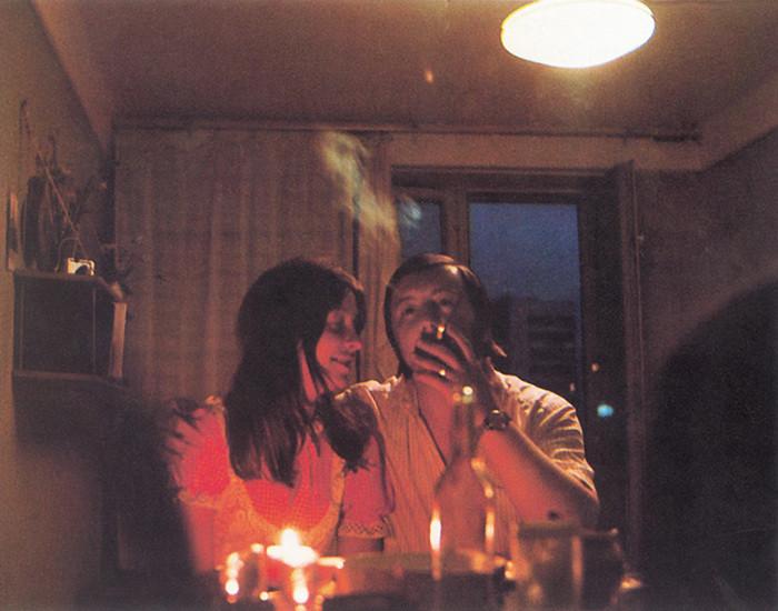 Романтический ужин при свечах по-советски.jpg