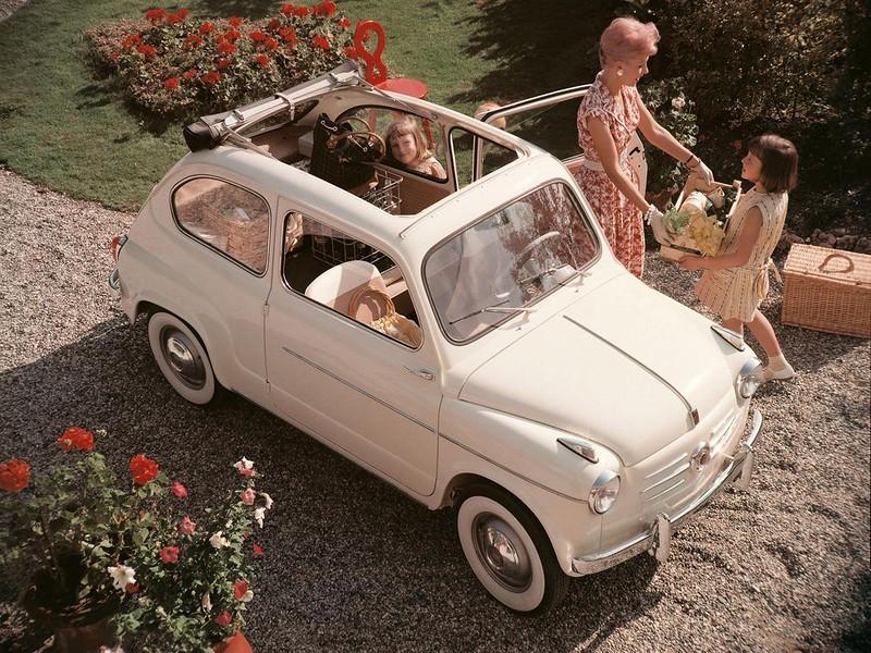 1955 Fiat 600a.jpg
