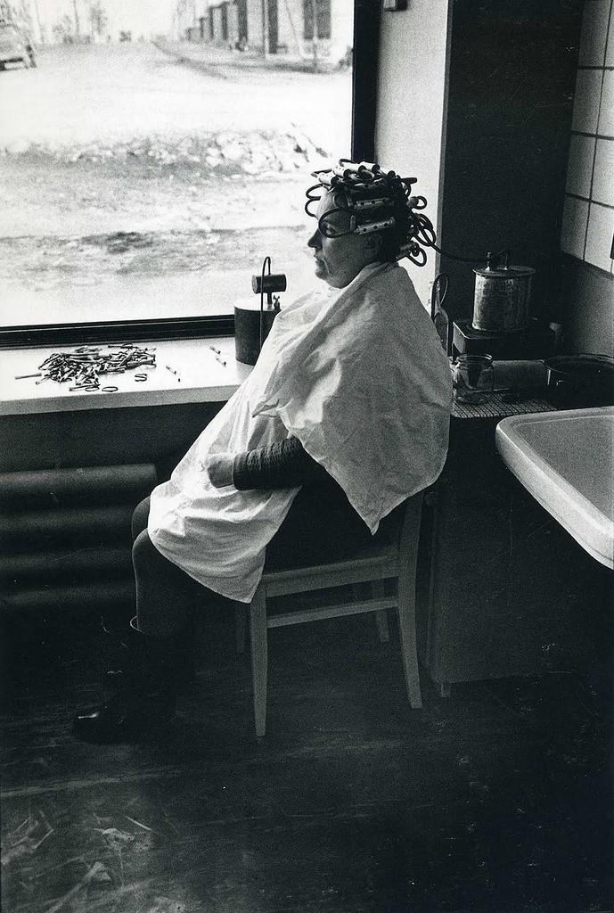 1967 год. Братск. В парикмахерской.jpg