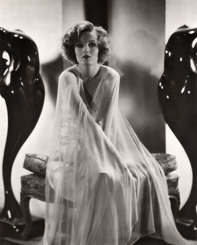 gwili andre 1933 - by ernest bachrach