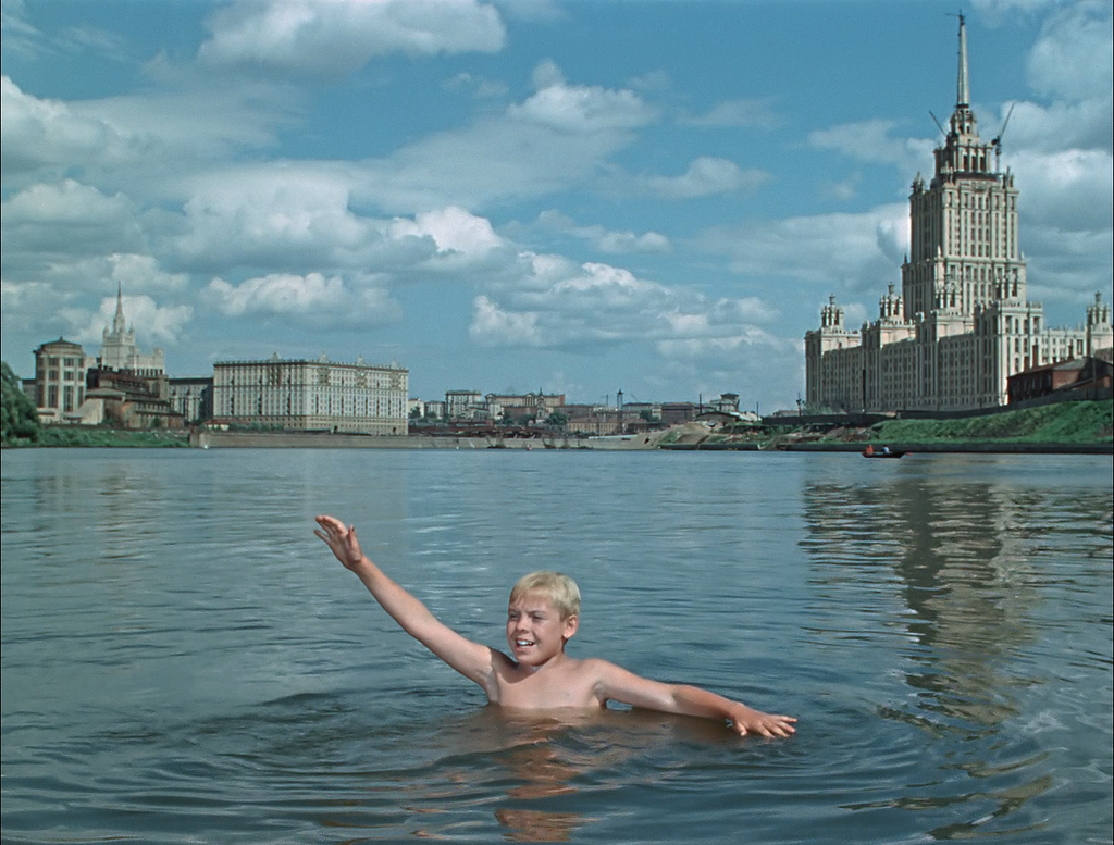 9800 На Москве-реке. Из фильма _Старик Хоттабыч 56_.jpg