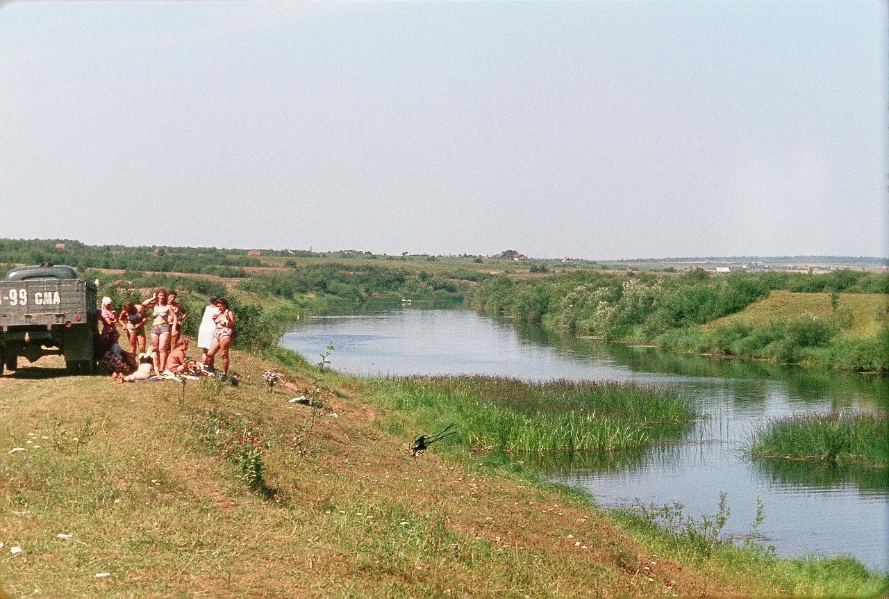 Деревня близ Издешково