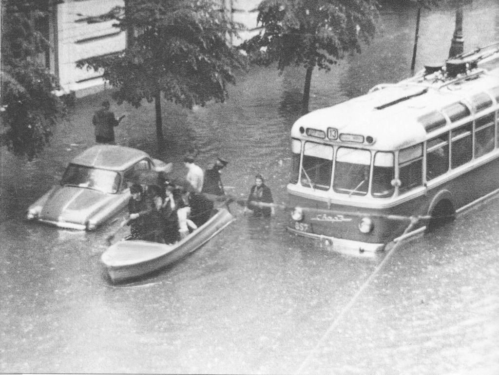 12581 Неглинная улица 25 июня 1965 года.jpg