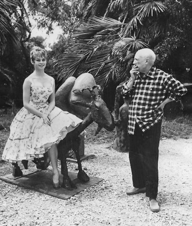 Bardot-Picasso_Cannes_1956_02.jpg