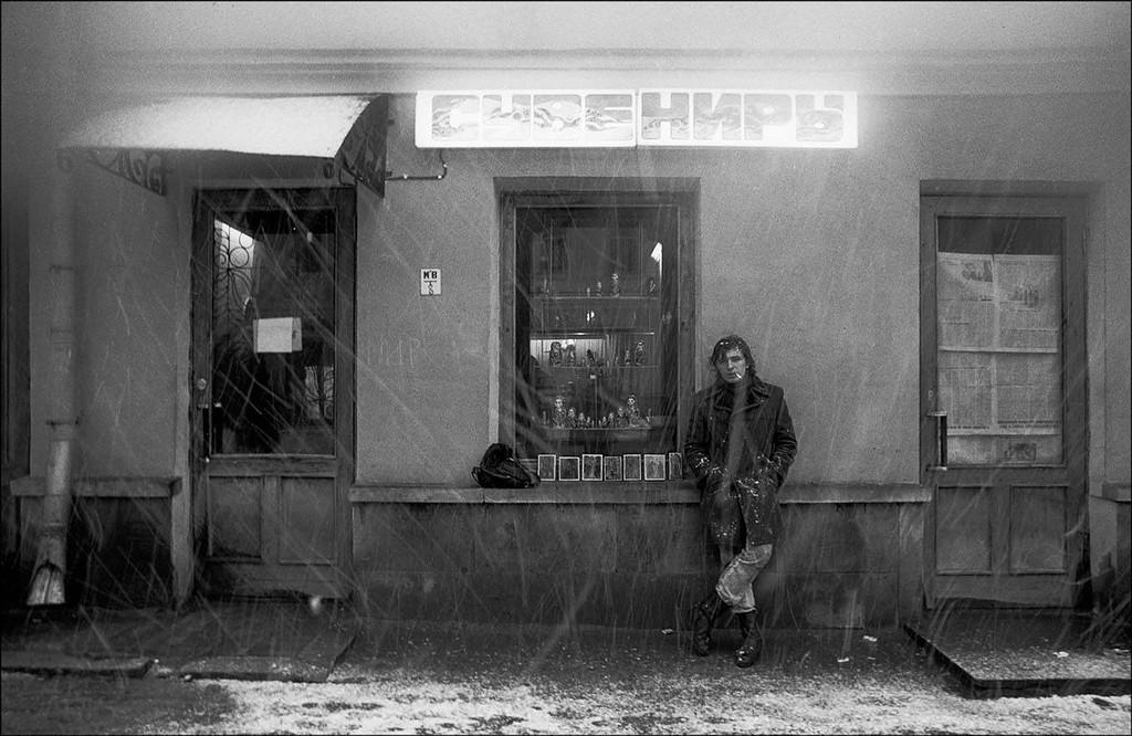 Снегопад на Арбате. Москва, 1989 год. Фото © Игорь Стомахин.jpg