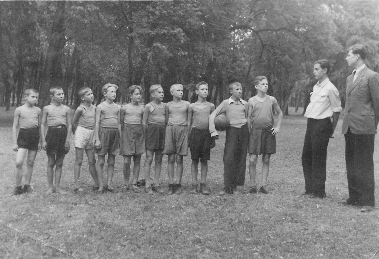 1946. Пионерский лагерь МВА