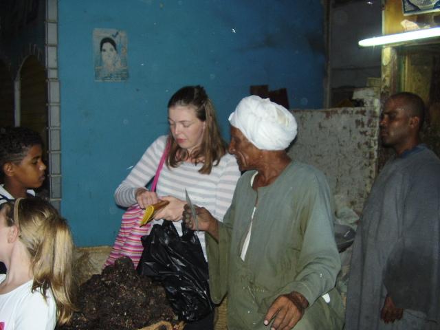 на рынке в рыбацкой деревне
