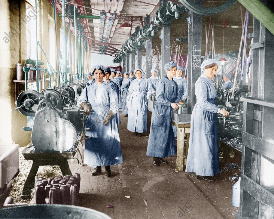 Frauen produz. Munition Schottland 1917 - Production of Ammunition / Scotland 1917 -