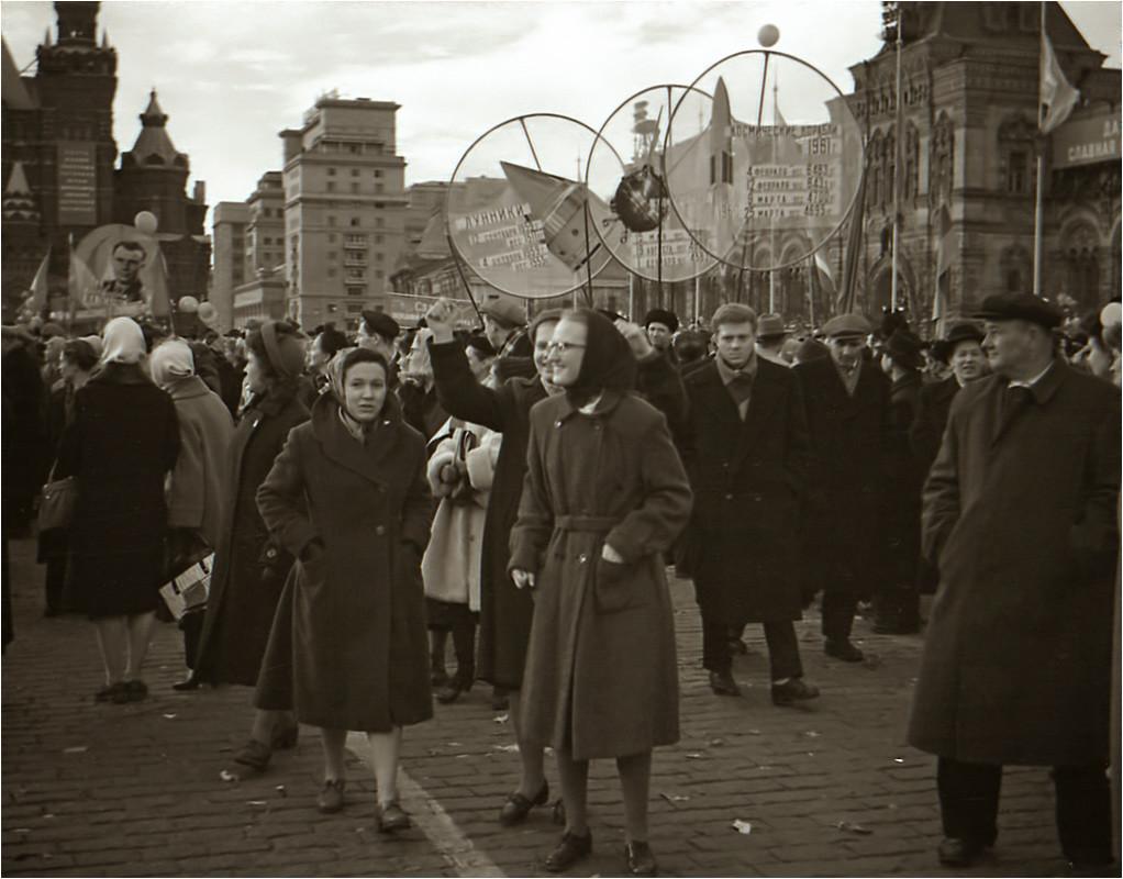 Встреча Ю.Гагарина на Красной площади. Апрель, 1961 год..jpg