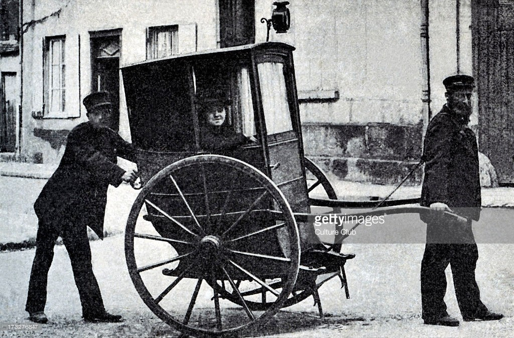 Last vinaigrette (two wheeled carriage) in Beauvais, northern France. Invented in 17th century. Used until 20th century as mode of public transport in parts of northern France.jpg