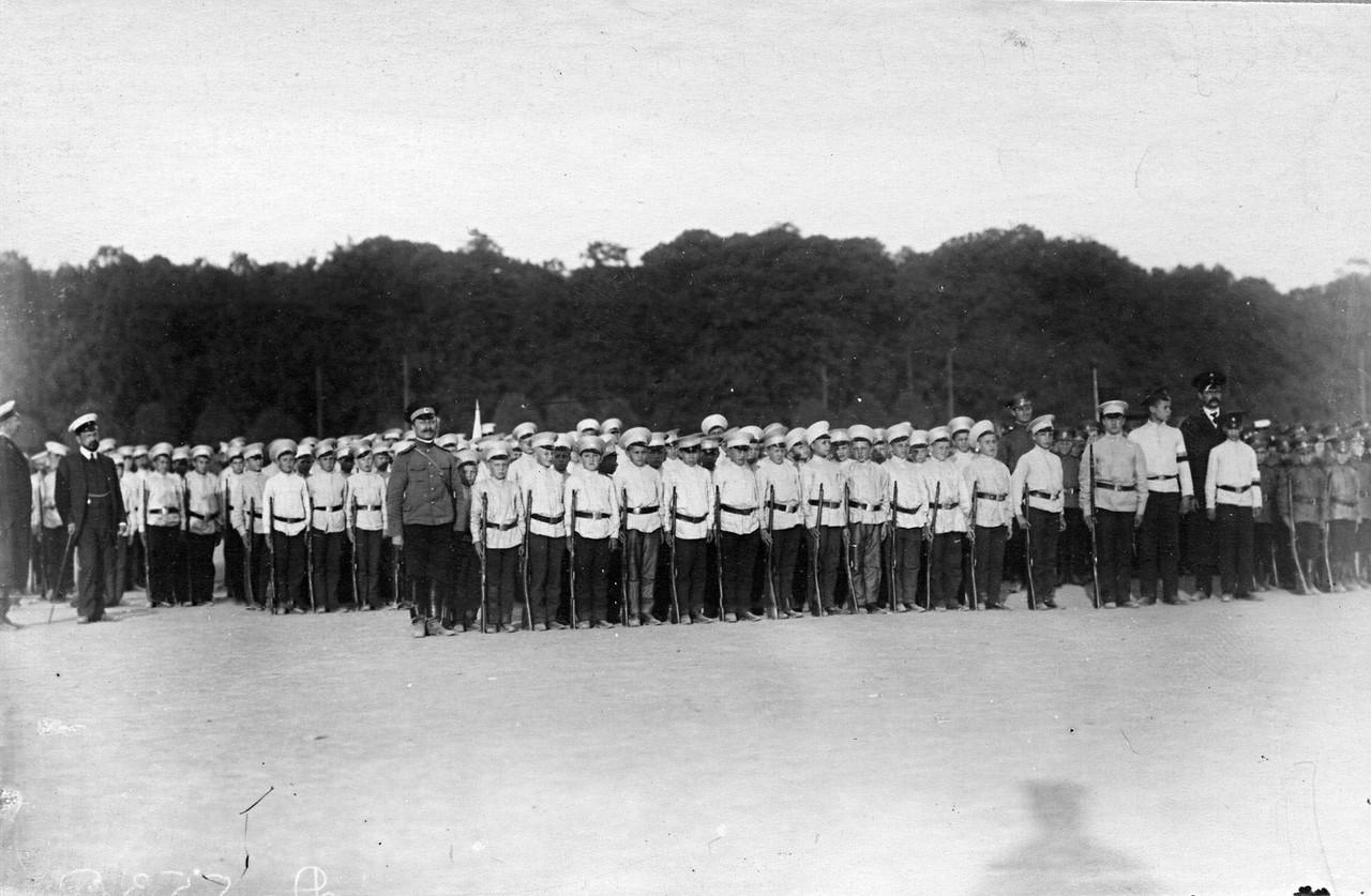 11. Потешные в строю. 1 августа 1912
