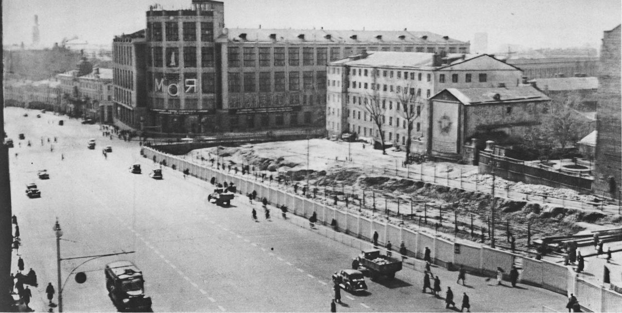 Реконструкция улицы Горького