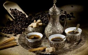 1920x1200_coffee-kofe-beans-zerna-chashki-serviz
