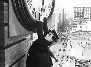 Silent-comedy-titan-Harold-Lloyd-in-Safety-Last-1923