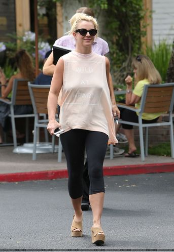 normal_XRAY_Spears_Britney_070113_28829