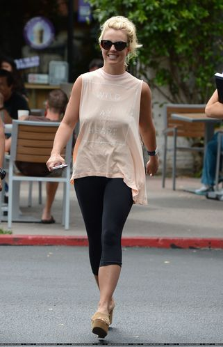normal_XRAY_Spears_Britney_070113_281729