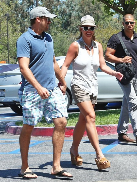 Britney+Spears+Britney+Spears+David+Lucado+5-RWeCPThMrl