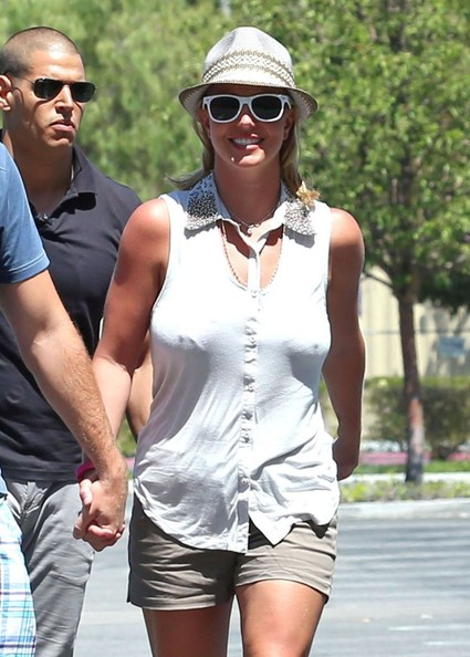 Britney+Spears+Britney+Spears+David+Lucado+jSmxm-r_cs4l