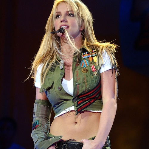britney-spears-abs-2002