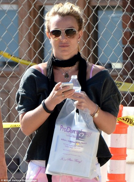 1413255640821_wps_11_Pictured_Britney_Spears_M