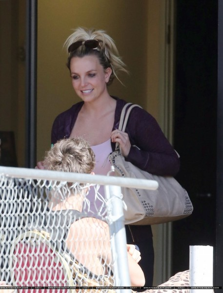 XRAY_adds_bspears100813_28129