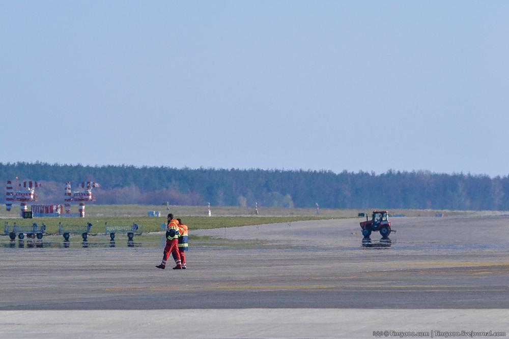 Трактор аэропорта