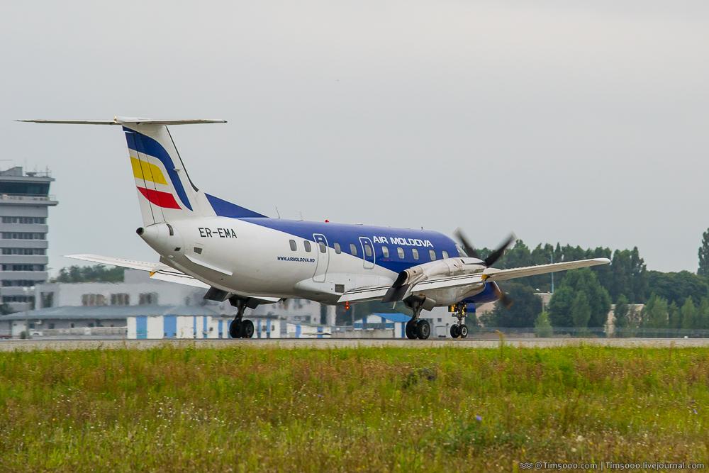 Embraer EMB 120 Brasilia Air Moldova