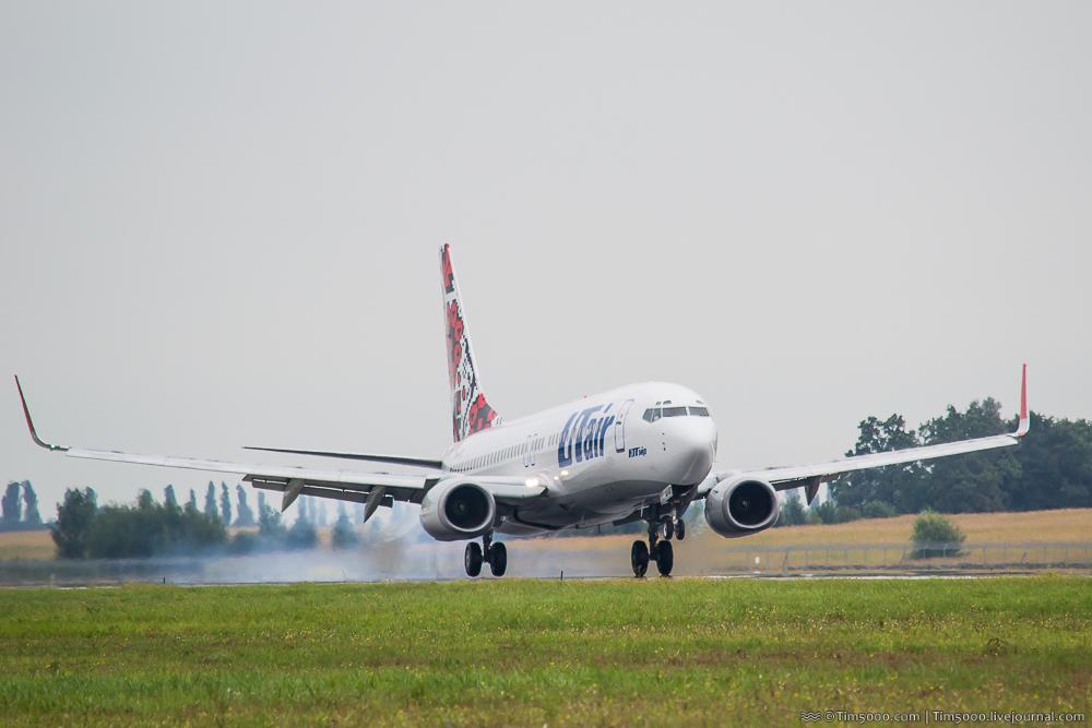 Boeing 737-800 Utair Украина