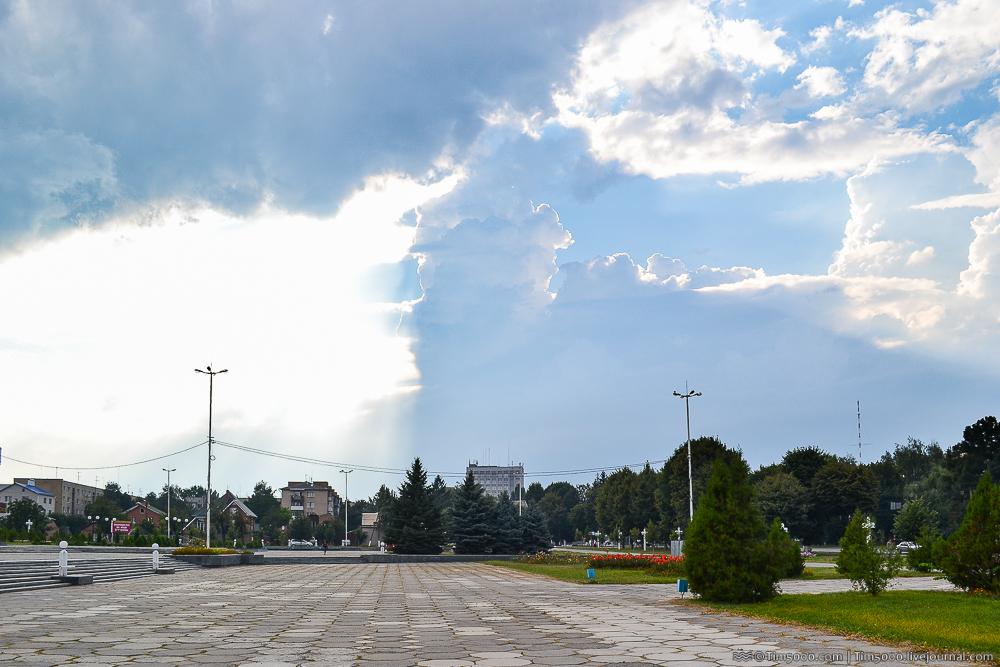Площадь Василия Стуса
