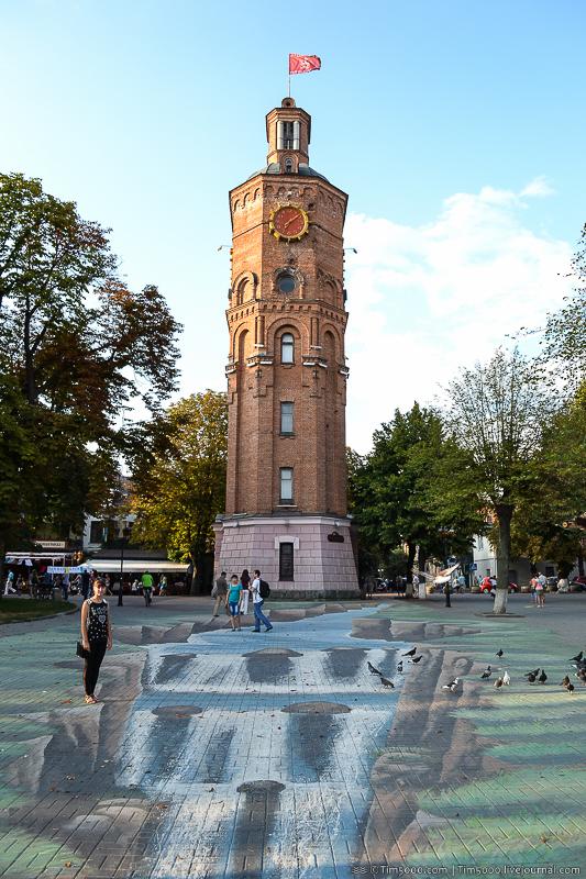 старинная Водонапорная башня и пожарная каланча в Виннице