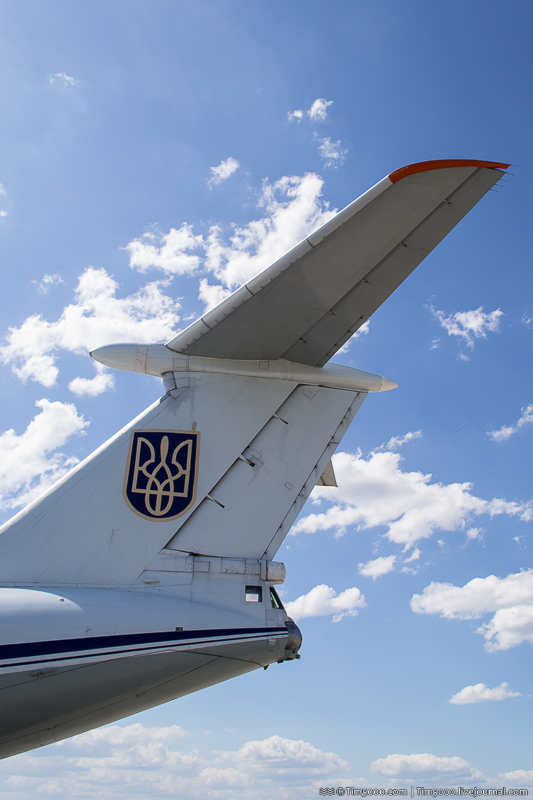 Хвост самолета Ил-76МД Северный Сокол