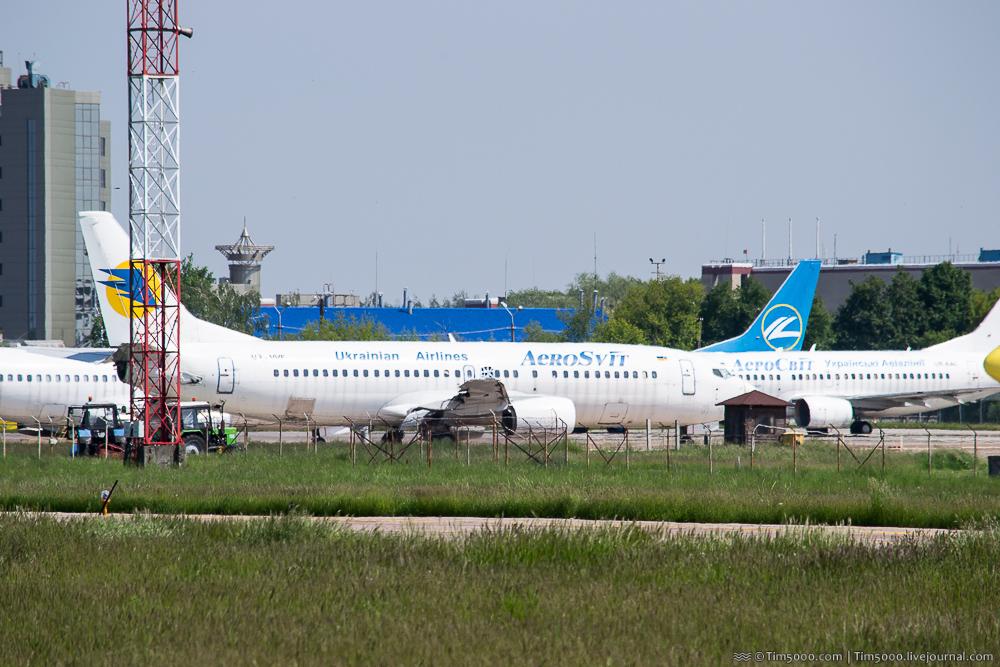 Boeing 737-400 Аэросвит