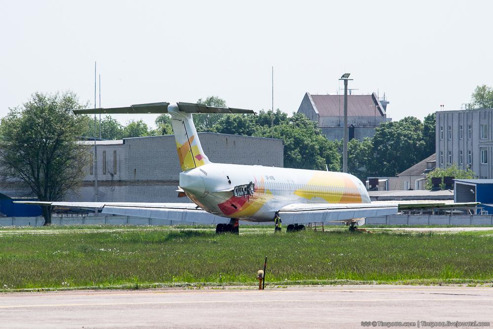 McDonnell Douglas MD-82 Windrose