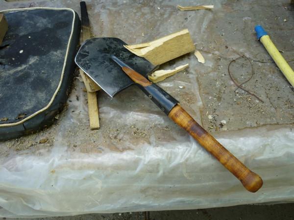 shovel002