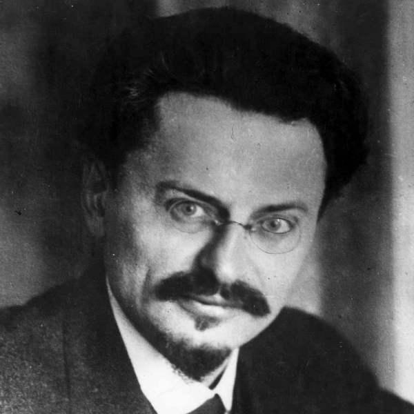 Trotsky-1925