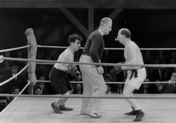 «Огни большого города», боксёрский эпизод