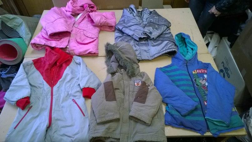 Отправка гумпомощи из СПб на Донбасс 21.03.2015 — одежда