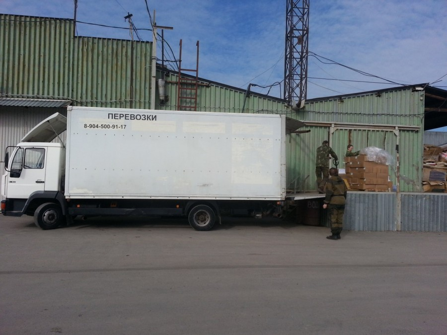 2015.03.27 Наша гум. помощь Донецку выехала из Ростова — грузовик