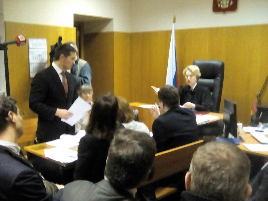 Истец Барсуков делает заявление