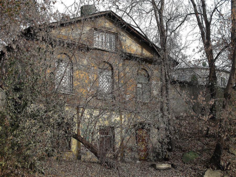 16_6138-1 Во дворах Большого Спасоглиницевского переулка copy