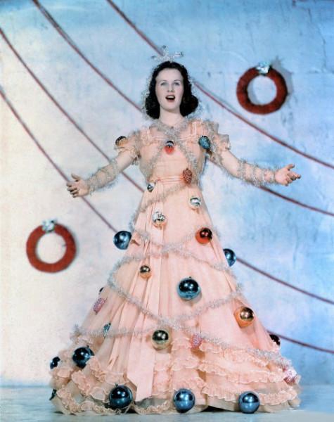 deanna-durbin-christmas-tree
