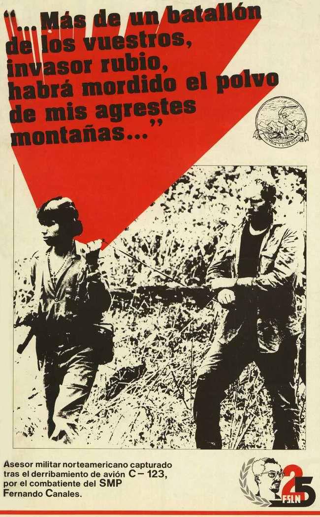 Девушка-партизанка ведет под конвоем плененного захватчика посреди гор