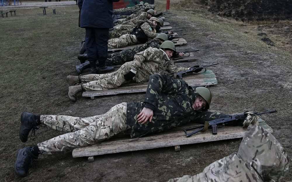 Во время занятий по стрелковой и огневой подготовке (3)