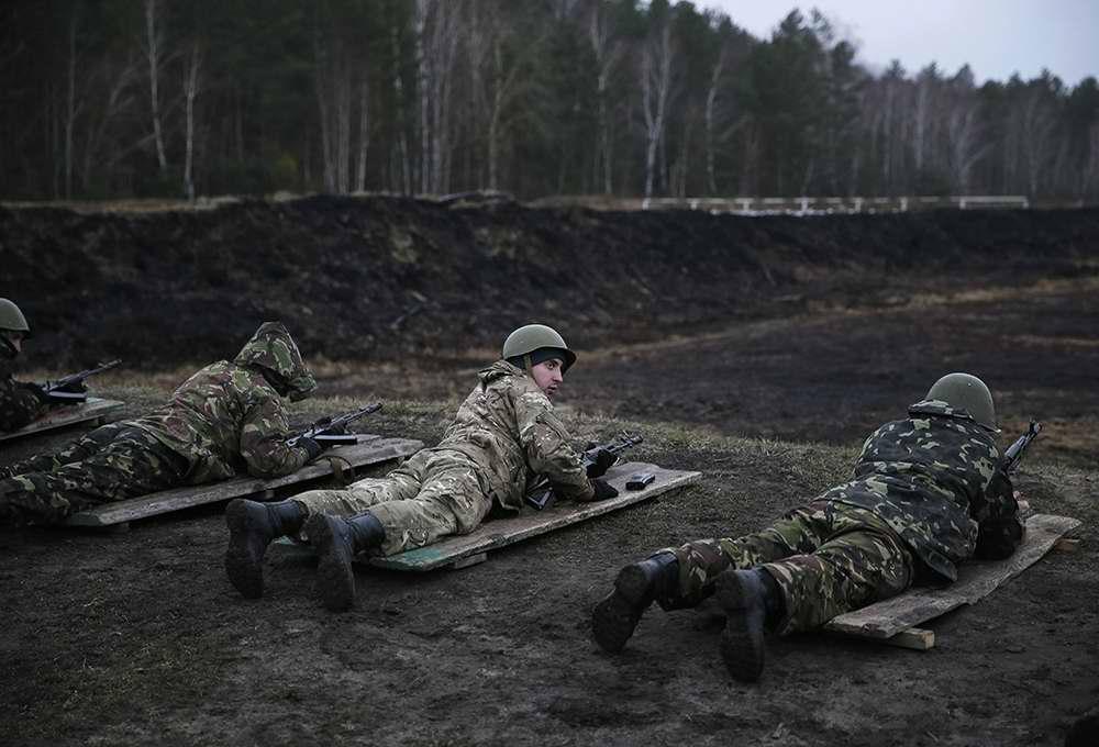 Во время занятий по стрелковой и огневой подготовке (4)