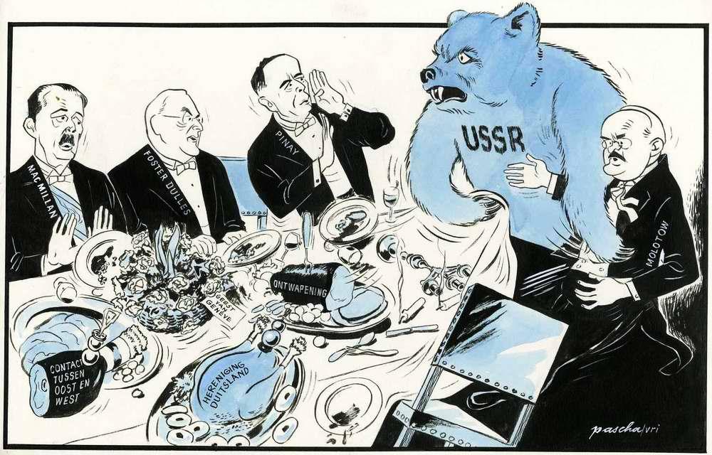Молотов и советский медведь за столом переговоров с министрами иностранных дел США, Великобритании и Франции по поводу подписания Декларации о независимости Австрии