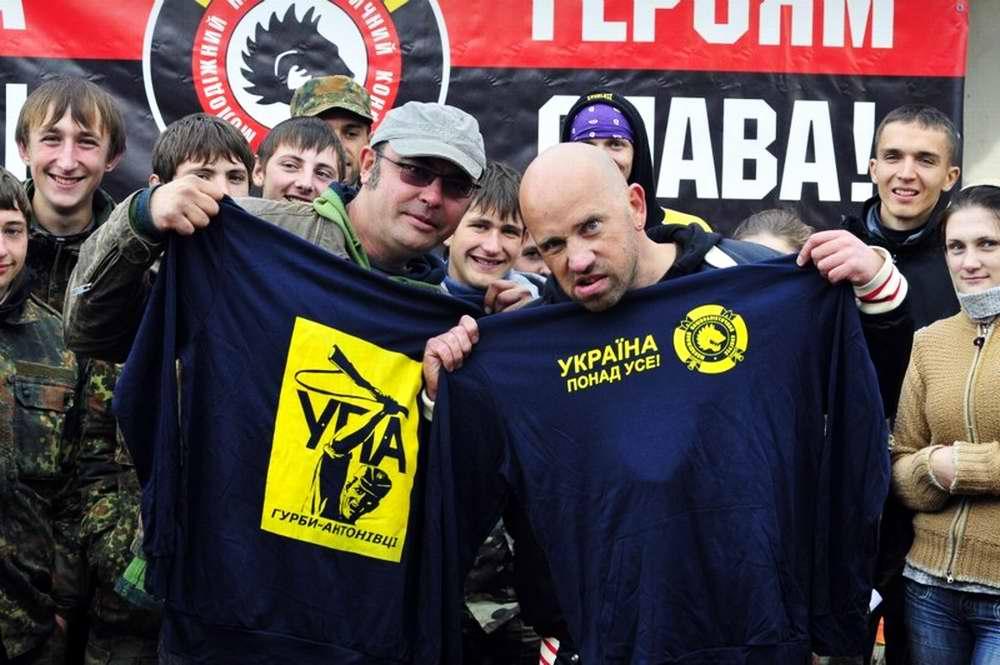 Руководители отрядов на торжественном построении - Военно-патриотическая игра Гурби - Антонивци