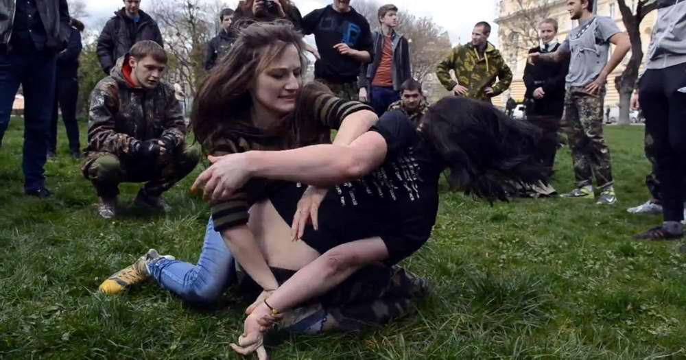 Показательный тренировочный бой во Львове 16 апреля 2014 года - Военно-патриотическая игра Гурби - Антонивци (2)